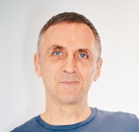Timo Gesterkamp ist Trainer für Gewaltfreie Kommunikation in Berlin